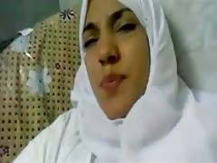 beautifull arab in hijab fuck
