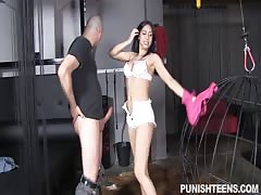 Black-haired babe gives a juicy blowjob for her hardcore fucker