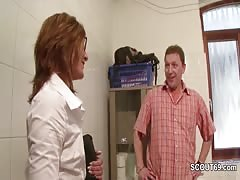 Sabine 43 von der Agentur wird mal wieder richtig gefickt