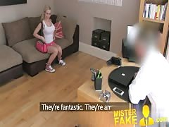MisterFake Cute and flexible blonde girl spreads her legs