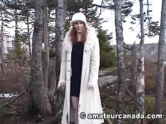 Elegant fetish chick is posing naked right in the woods